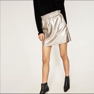 Zara faux leather Old Gold Skirt S